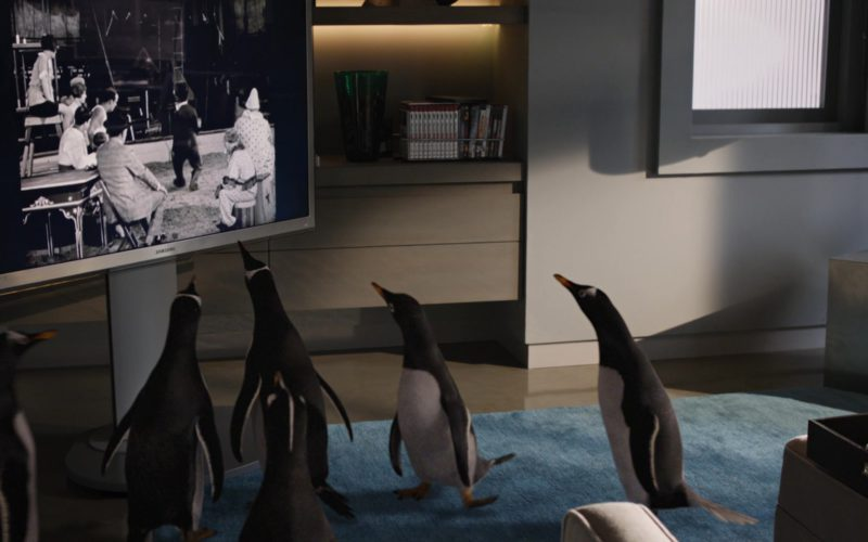 Samsung TV in Mr. Popper's Penguins (1)