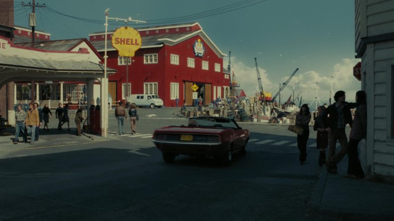 Shell Gasoline in Dark Shadows (2012) - Movie Product Placement