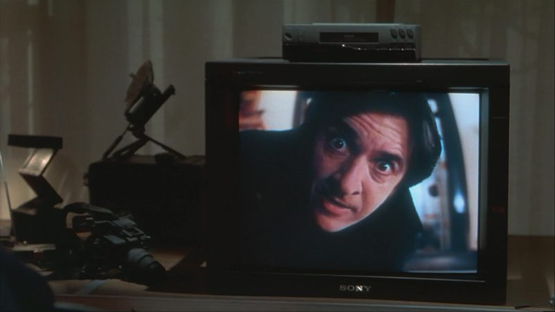 Sony TV in Home Alone 3 (1997) - Movie Product Placement