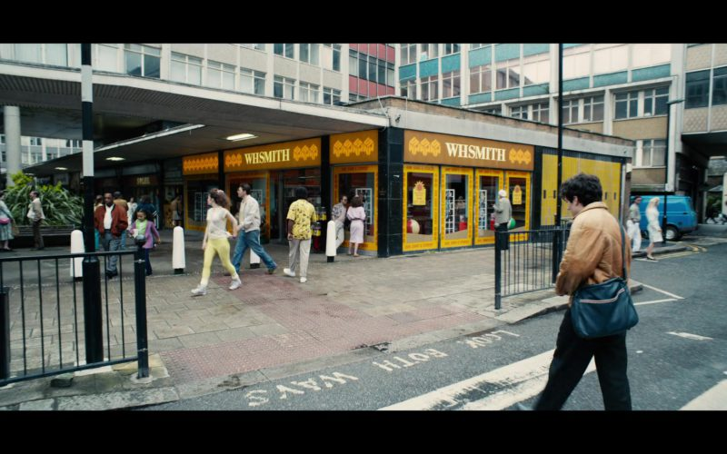 WHSmith Store in Black Mirror Bandersnatch (1)