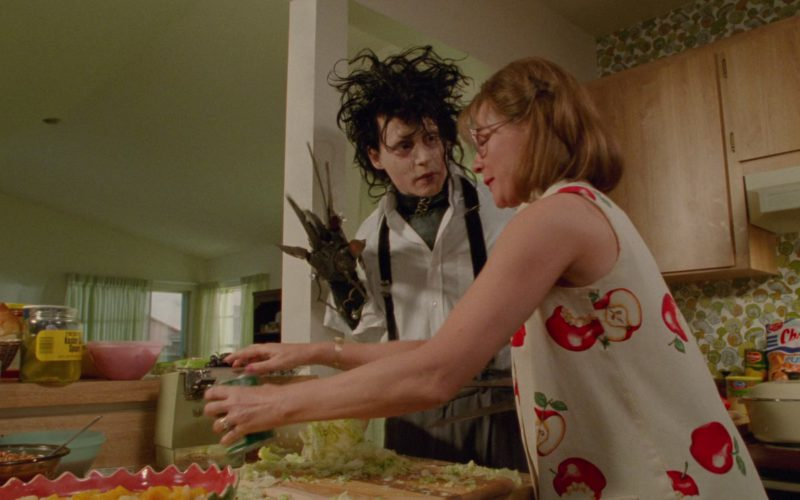 Ajax and Cheetos in Edward Scissorhands (1)