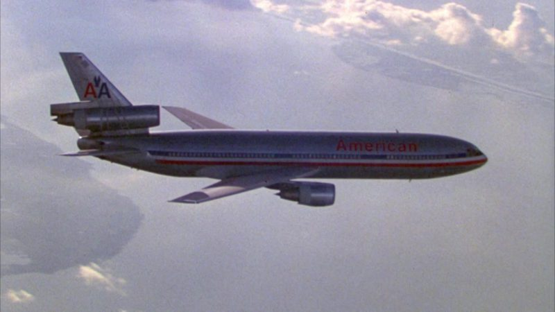 American Airlines in North (1994) - Movie Product Placement