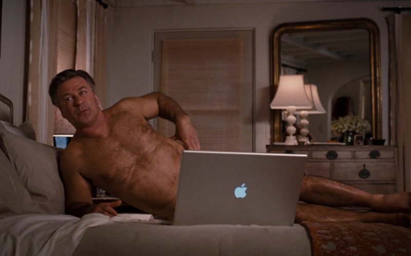 Apple MacBook Pro Laptop Used by Alec Baldwin in It's Complicated (1)