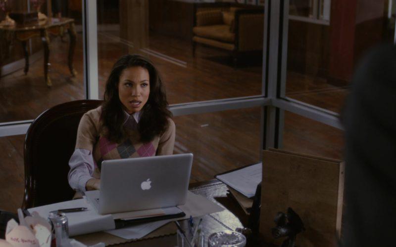 Apple MacBook Pro Laptop Used by Jurnee Smollett-Bell (1)