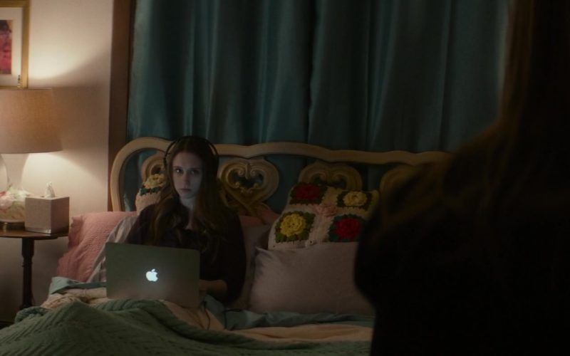 Apple MacBook Pro Laptop Used by Taissa Farmiga in What They Had (1)