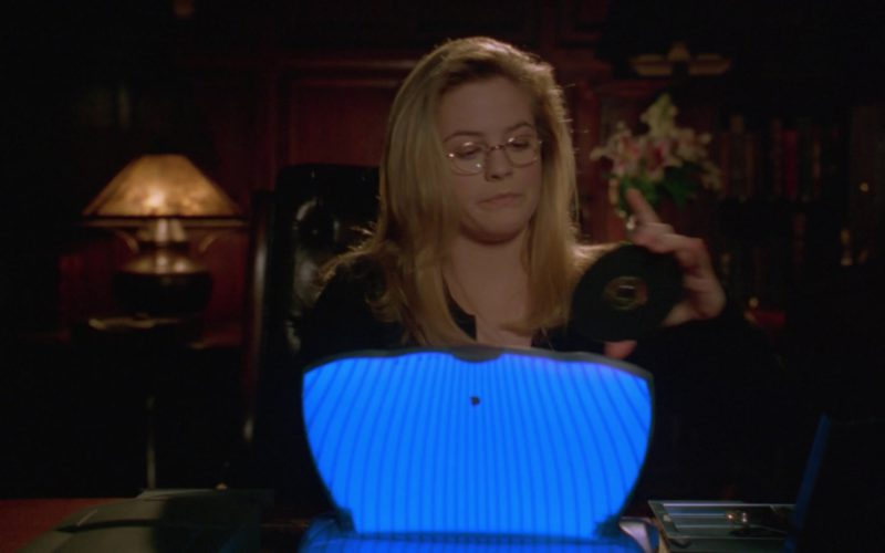Apple eMate 300 Laptop Used by Alicia Silverstone in Batman & Robin (1)