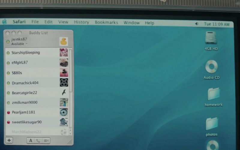 Apple iMac Computer Used by Joey King in Summer '03 (2)