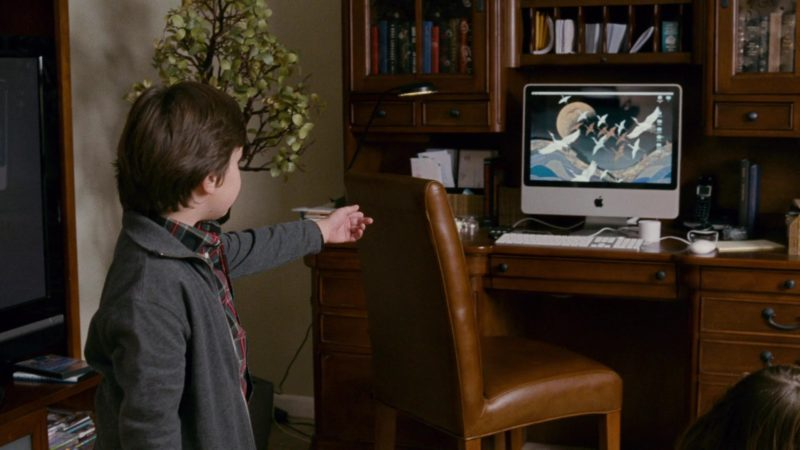 Apple iMac Computer Used by Will Shadley in The Spy Next Door (2010) Movie Product Placement