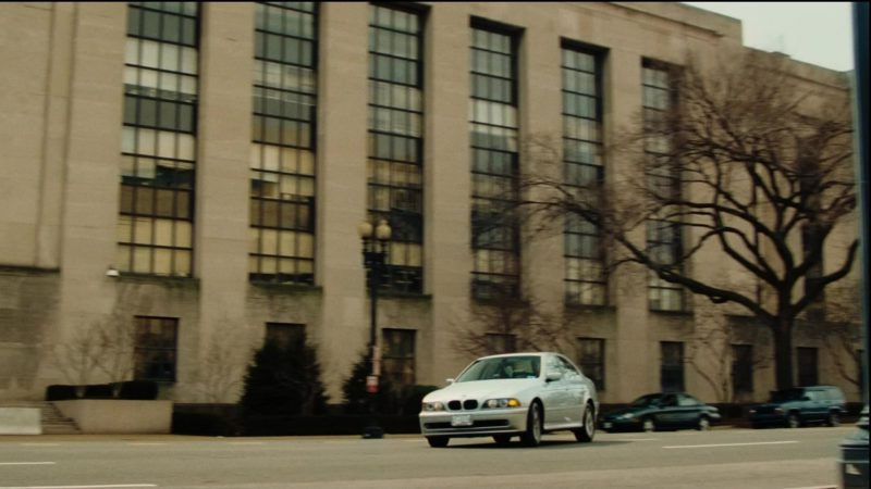 BMW 5 [E39] Car in Thank You for Smoking (2005) - Movie Product Placement