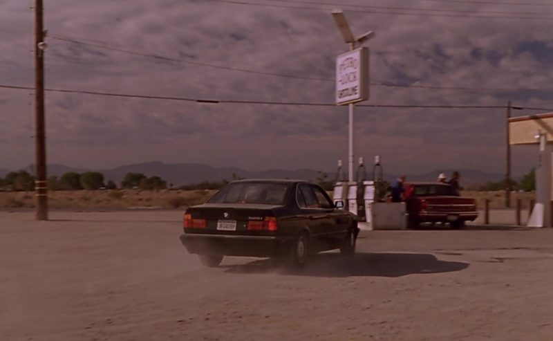 BMW 525i [E34] Driven by Nicolas Cage in Leaving Las Vegas (1995) Movie Product Placement