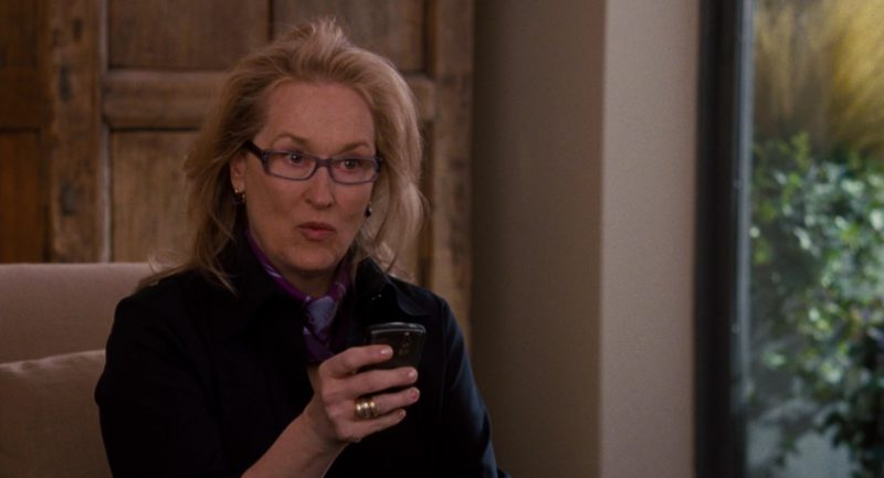 Blackberry Mobile Phone X AT&T Used by Meryl Streep in It's Complicated (2009) Movie Product Placement