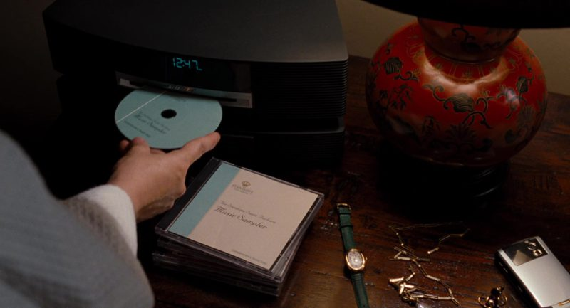 Bose Wave Music System Used by Meryl Streep in It's Complicated (2009) Movie Product Placement