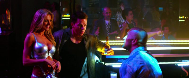 Bud Light Beer Drunk by Mark Wahlberg in Pain & Gain (2013) Movie Product Placement