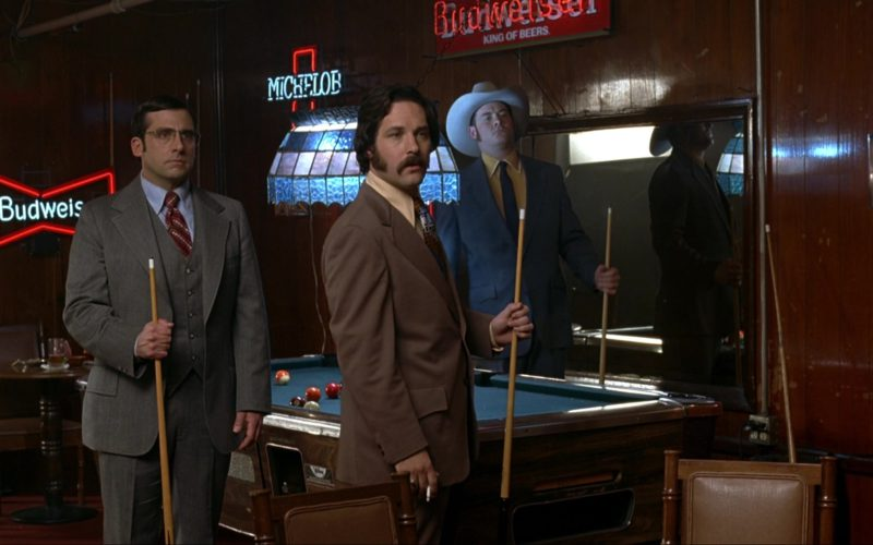 Budweiser and Michelob Beer Signs in Anchorman The Legend of Ron Burgundy (1)
