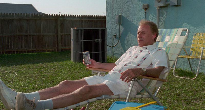 Busch Beer in Edward Scissorhands (1990) - Movie Product Placement