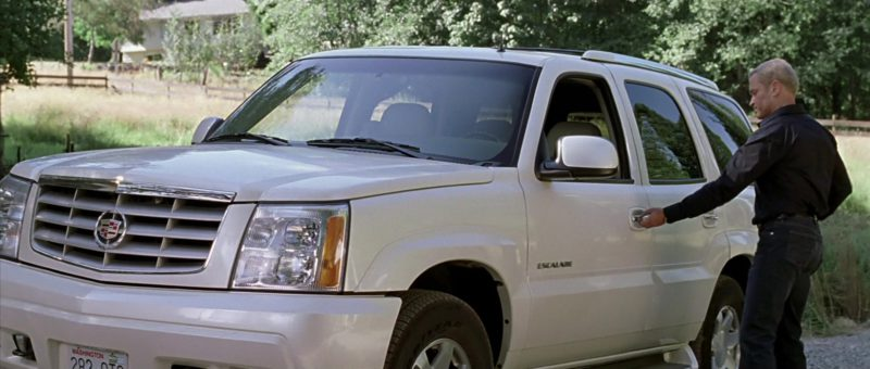 Cadillac Escalade White SUV in Walking Tall (2004) Movie Product Placement