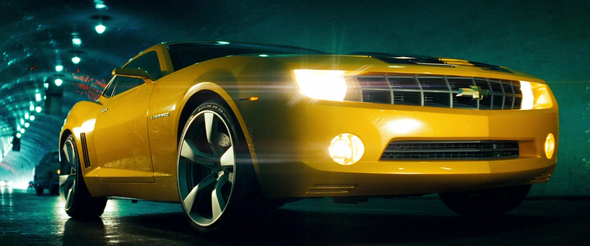 Chevrolet Camaro Yellow Car in Transformers (2007) Movie