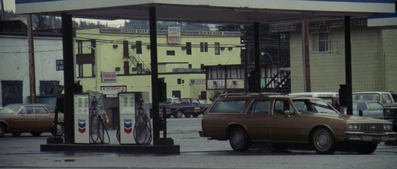 Chevron Filling Station in Rambo: First Blood (1982) Movie Product Placement