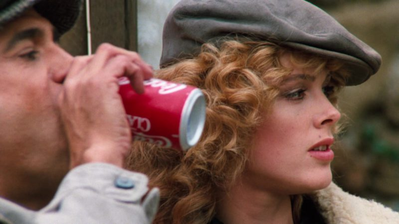 Coca-Cola Classic Can in Cobra (1986) - Movie Product Placement