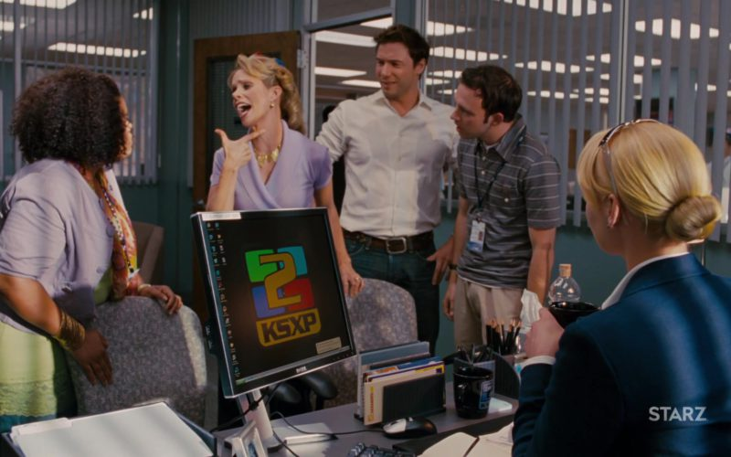 Dell Computer Monitor Used by Katherine Heigl in The Ugly Truth (1)