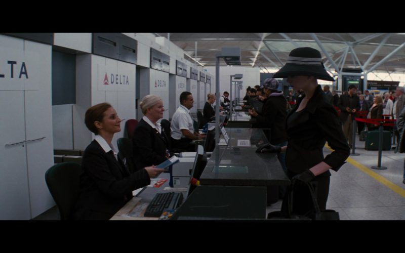 Delta Air Lines in The Dark Knight Rises (1)