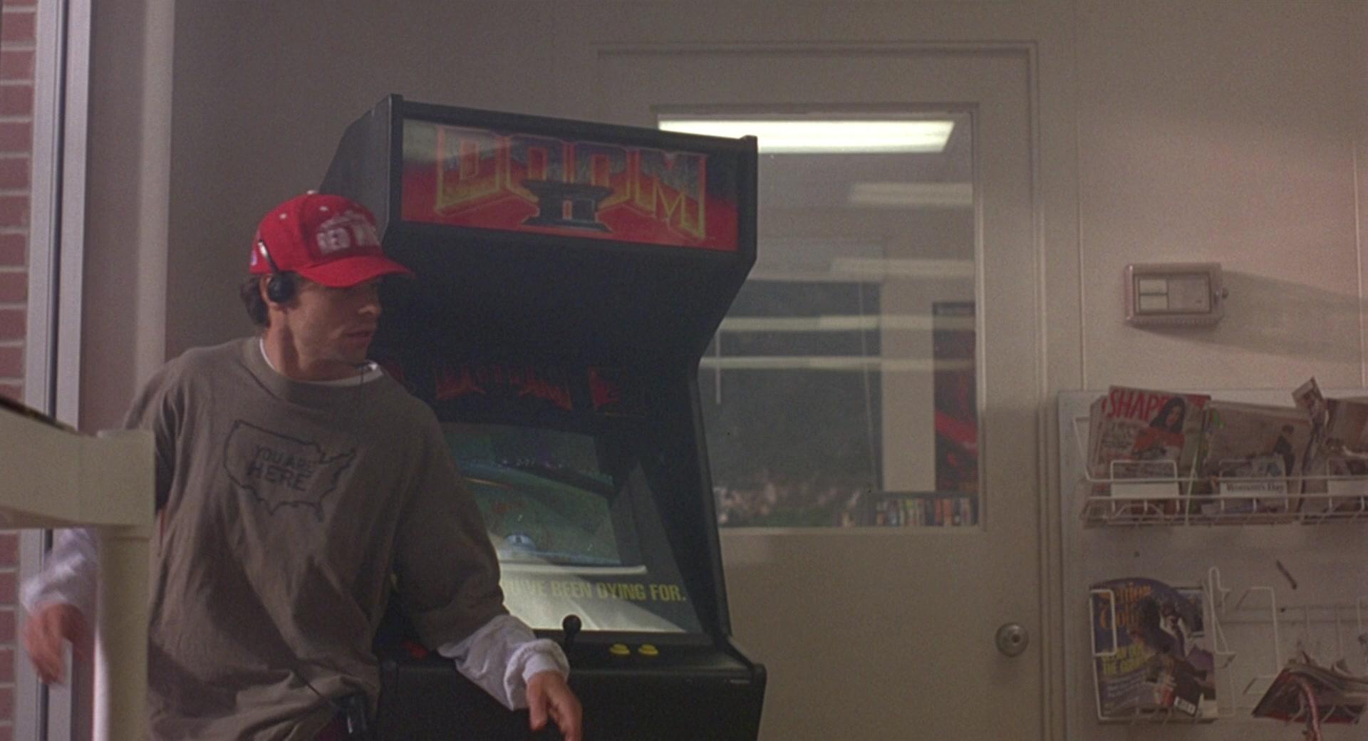 Doom-II-Video-Game-Arcade-Machine-in-Gro
