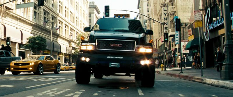 GMC TopKick Cars in Transformers (2007) - Movie Product Placement