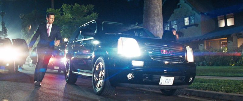 GMC Yukon Car in Transformers (2007) Movie Product Placement