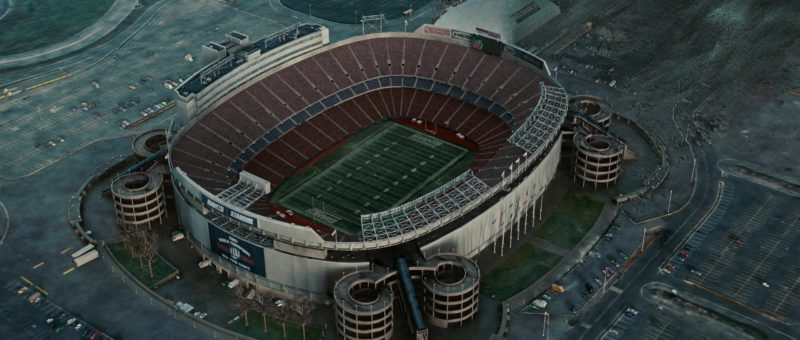Giants Stadium in The Day the Earth Stood Still (2008) Movie Product Placement