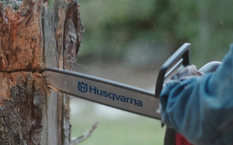 Husqvarna Chainsaw Used by Marisa Tomei in Dark Was the Night (4)