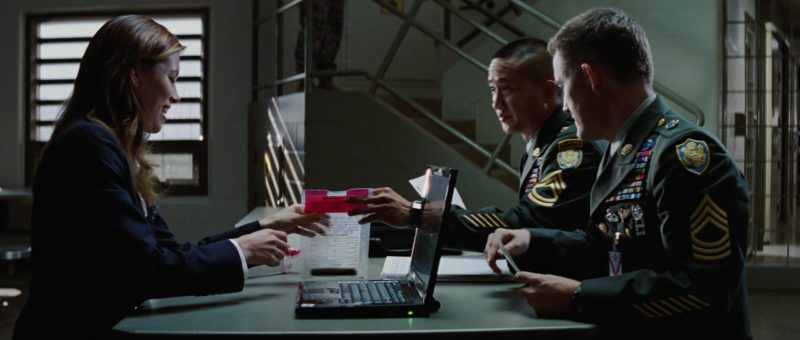 Laptop Microsoft Windows OS Used by Yul Vazquez in The A-Team (2010) - Movie Product Placement