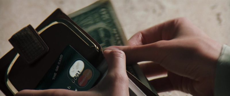MasterCard Card Used by Julia Roberts in The Pelican Brief (1993) Movie Product Placement