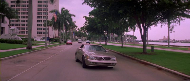 Mercedes-Benz SL 500 [R129] Car in Heartbreakers (2001) Movie Product Placement