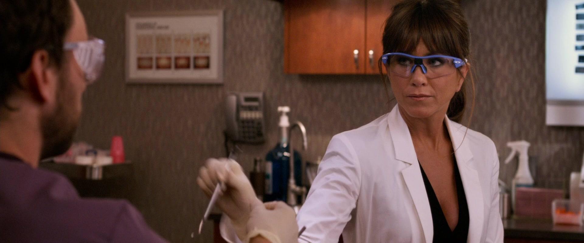 Oakley Eyewear Worn By Jennifer Aniston In Horrible Bosses 2011