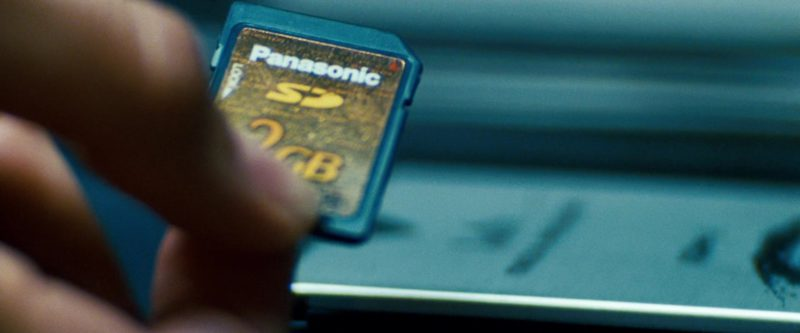 Panasonic SD Card 2GB in Transformers (2007) - Movie Product Placement
