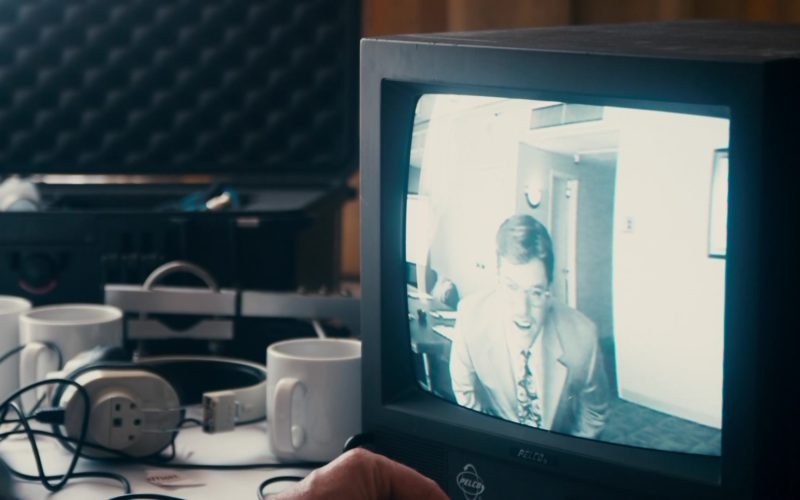 Pelco Security Monitor in The Informant (1)