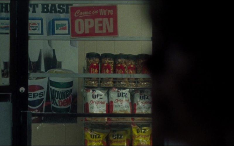Pepsi, Mountain Dew, UTZ Chips in The Old Man & the Gun (1)