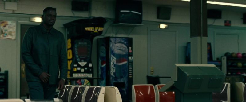 Pepsi Vending Machine in Widows (2018) Movie Product Placement