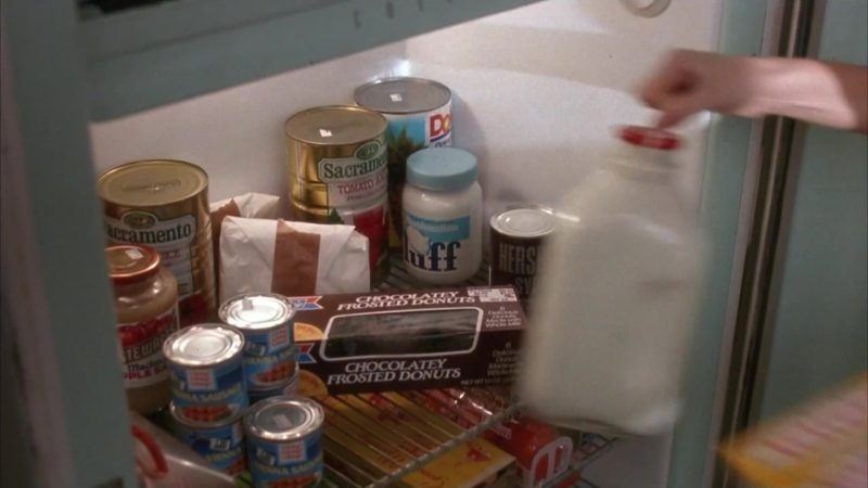 Sacramento Tomato Juice, Dole, HERSHEY'S Chocolate Syrup in Mermaids (1990) Movie Product Placement