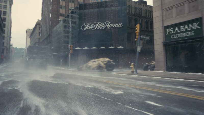 Saks Fifth Avenue Store in The Dark Knight Rises (2012) - Movie Product Placement