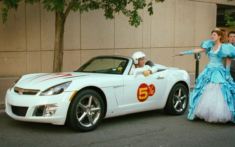 Saturn Sky Car in Disaster Movie (1)