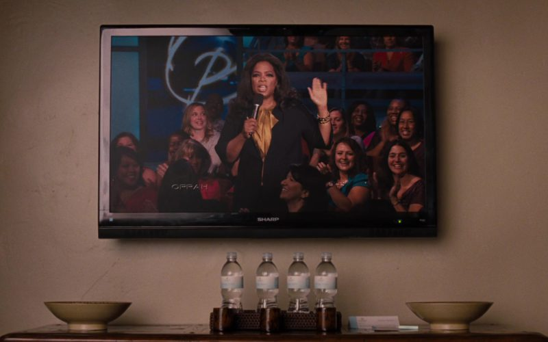Sharp TV and The Oprah Winfrey Show in It's Complicated
