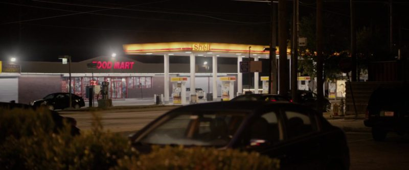 Shell Filling Station in The Hate U Give (2018) Movie Product Placement