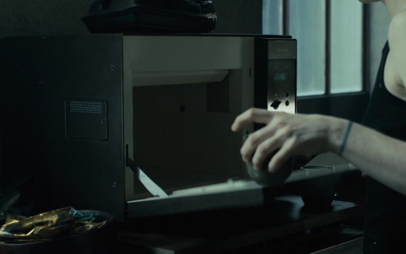 Siemens Microwave in The Girl in the Spider's Web (2)