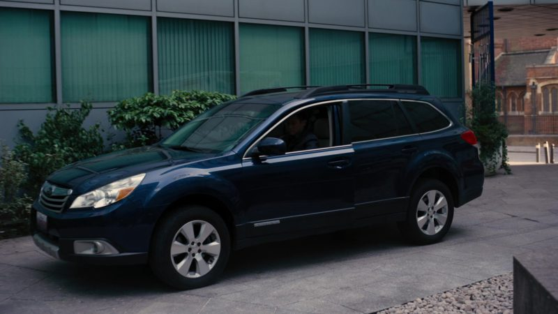 Subaru Outback Car Driven by Joseph Gordon-Levitt in The Dark Knight Rises (2012) - Movie Product Placement