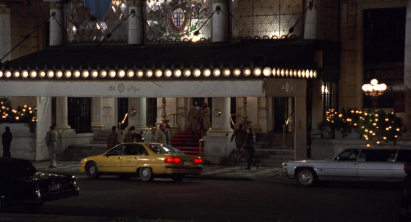 The Plaza Hotel in Sleepless in Seattle (1993) - Movie Product Placement
