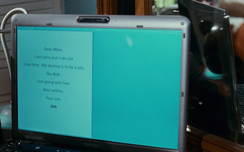 Toshiba Notebook Used by Will Shadley in The Spy Next Door (1)