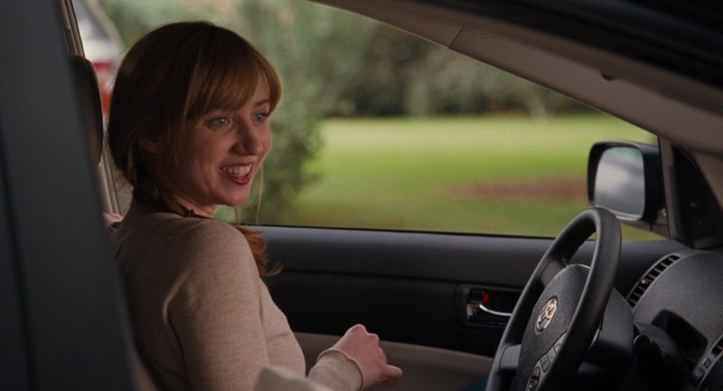 Toyota Prius II Driven by Zoe Kazan in It's Complicated (2009) Movie Product Placement