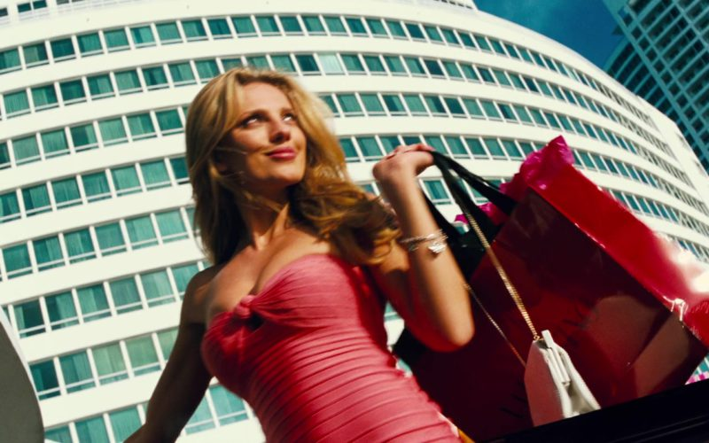 Valentino Red Paper Bag Held by Bar Paly in Pain & Gain (1)
