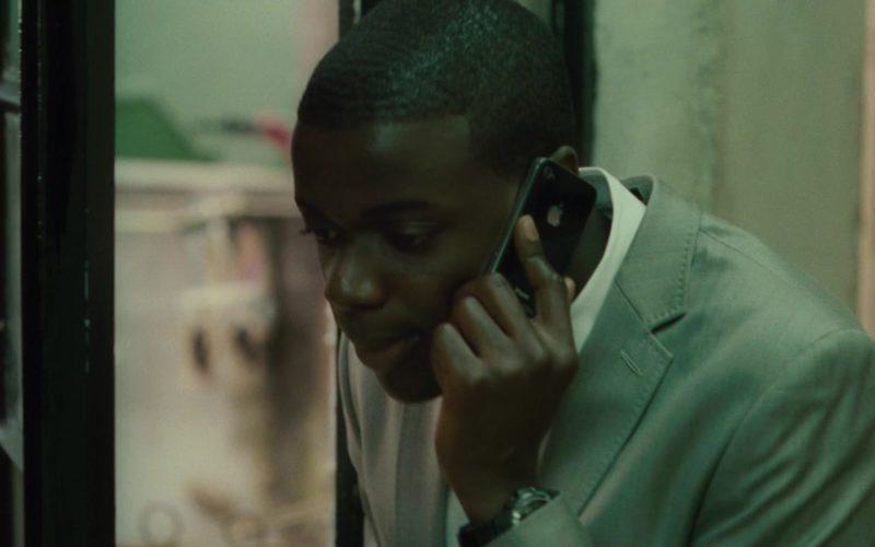 Apple iPhone Smartphone Used by Daniel Kaluuya in Johnny English Reborn (3)